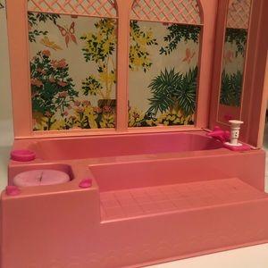 1975 Barbie Beauty Bath